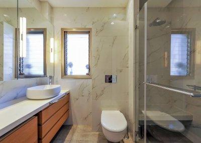 חדר מקלחת מודרני מינימליסטי