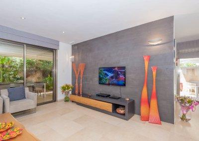 עיצוב מודרני מינימליסטי לקוטג' בן שבעה חדרים