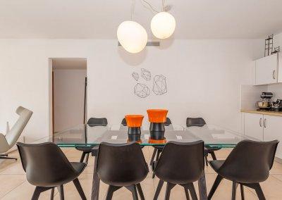 סטיילינג לדירת שישה חדרים בכפר סבא הירוקה